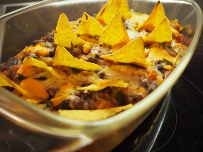 tortilla chips chilli beans
